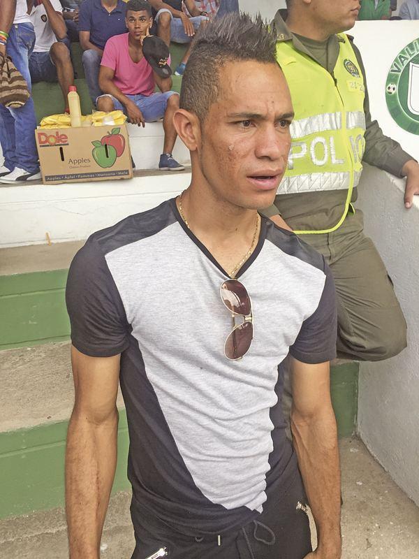 Anderson Plata Platica39 Guilln con camiseta opita pero de corazn