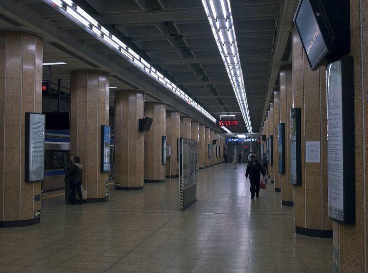 Andingmen Station