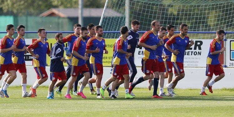 Andorra national football team FileAndorra national football team Warm up 004jpg Wikimedia