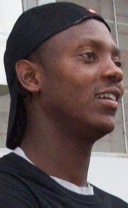 André Luiz Tavares httpsuploadwikimediaorgwikipediacommonsthu