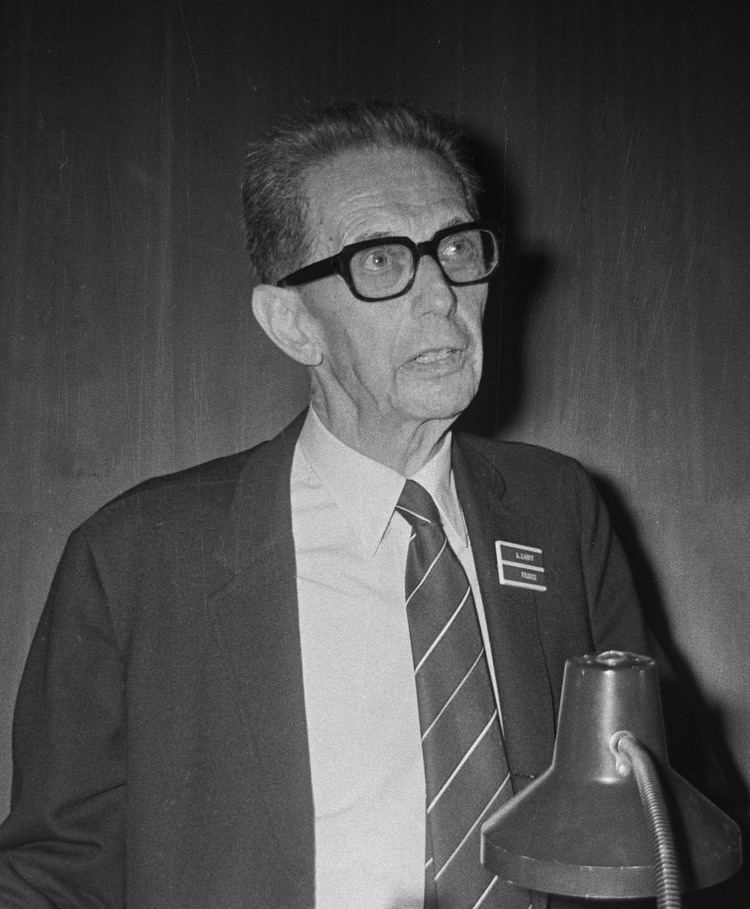 André Michel Lwoff FileAndr Michel Lwoff 1971jpg Wikimedia Commons
