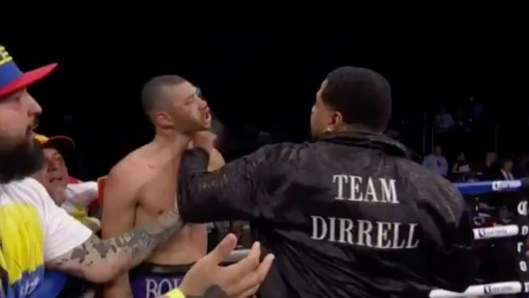 Andre Dirrell Boxers Uncle Sneaks in Punch After Saturdays fight between Andre