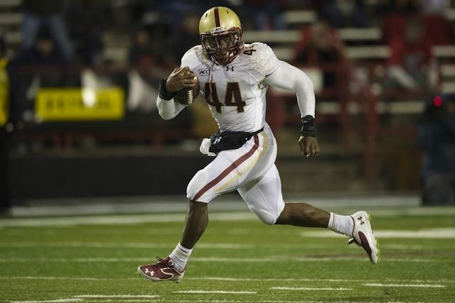 Andre Williams (American football) Andre Williams breaks 2000yard mark in Boston College