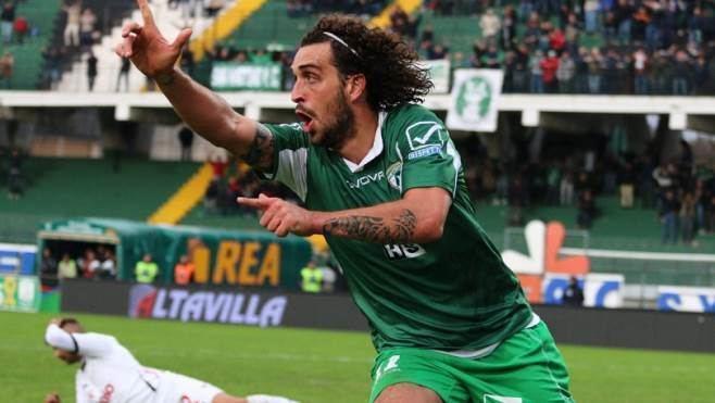 Andrea Arrighini Ufficiale Avellino Arrighini in prestito al Cosenza