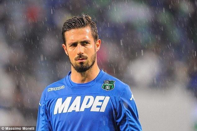 Andrea Consigli Sassuolo goalkeeper Andrea Consigli nets bizarre own goal in