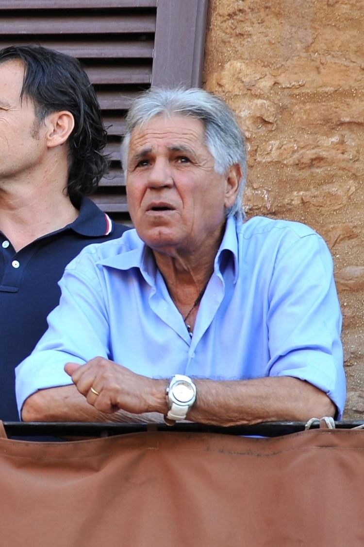 Andrea Degortes A Siena il fantino Aceto si d ai fornelli Wine Station