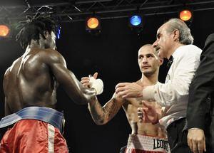 Andrea Di Luisa SecondsOut Boxing News World Boxing News Al Ndiaye Vs Andrea Di