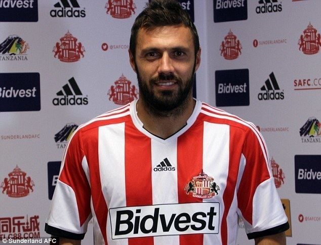 Andrea Dossena Sunderland complete deal for Andrea Dossena Daily Mail