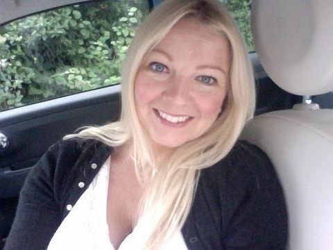 Andrea Foulkes Pastlife regression and Ascension tips from fiat 500 blue new