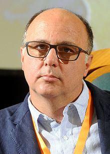 Andrea Guerra (business manager) httpsuploadwikimediaorgwikipediacommonsthu