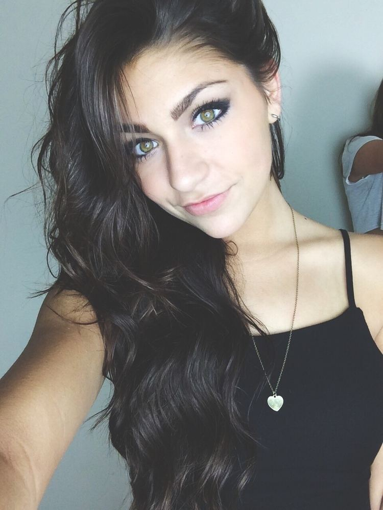 Andrea Russett 1000 images about Andrea Russett on Pinterest Andrea russet