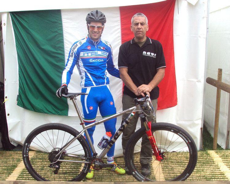 Andrea Tiberi ANDREA TIBERI SI PREPARA AL CAMPIONATO ITALIANO bicicletteintitanio