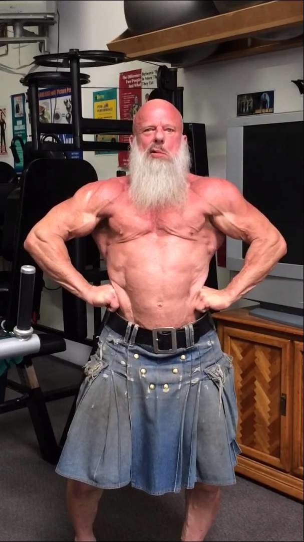 Andreas Cahling Andreas Cahling at 62 posing at Coach Berry39s studio YouTube