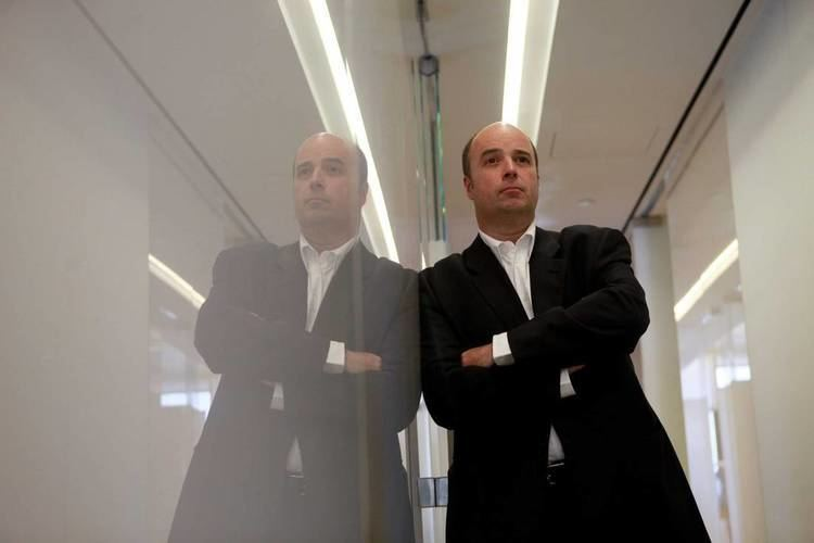 Andreas Dracopoulos Greek Shipping Magnate Urges Tycoons To Pull Their Weight Timecom