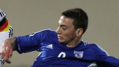 Andreas Makris (footballer) Andreas Makris Walsall sign Cypriot international from Anorthosis
