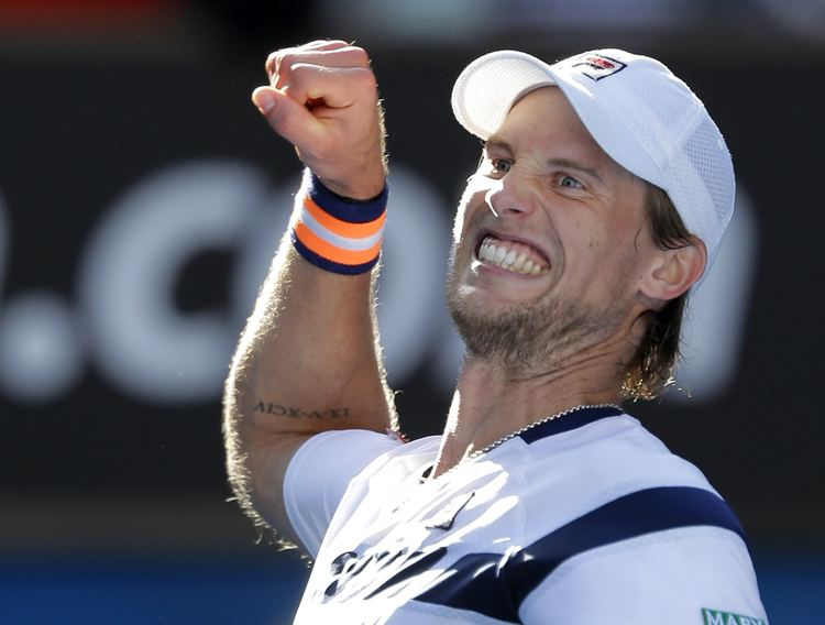 Andreas Seppi Roger Federer stunned by Andreas Seppi in round four at