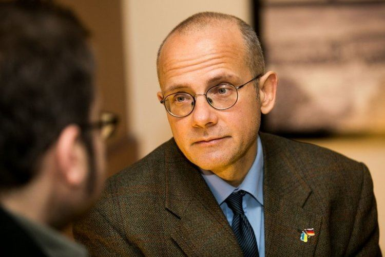 Andreas Umland Andreas Umland New social deal in Russia is No serious political