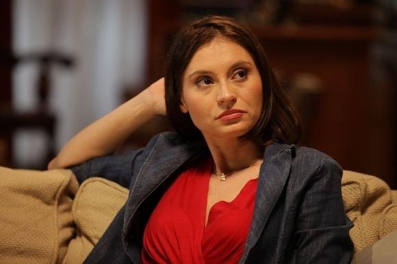 Andreea Bibiri Poze Andreea Bibiri Actor Poza 10 din 48 CineMagiaro