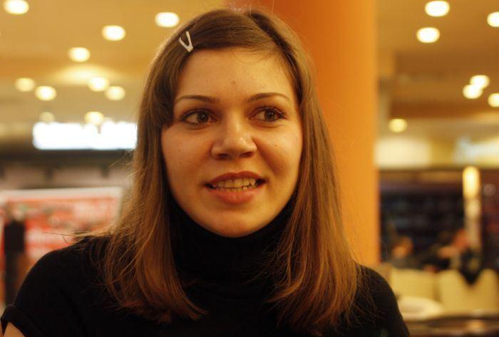 Andreea Ulmeanu Andreea Ulmeanu fosta campioana mondiala la gimnastica artistica nu