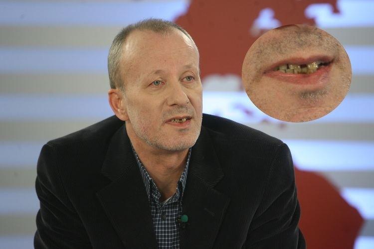Andrei Gheorghe A scpat de RUINE Andrei Gheorghe ia pus DINI NOI Vedete de