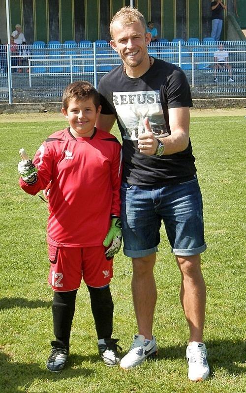 Andrej Prskalo Andrej Prskalo posjetio male nogometae Rudara iz Labina