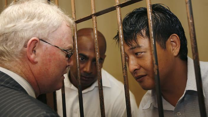 Andrew Chan Labor calls for clemency for Myuran Sukumaran and Andrew