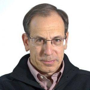 Andrew Cohen (journalist) httpscarletoncasjcwpcontentuploadsandrew