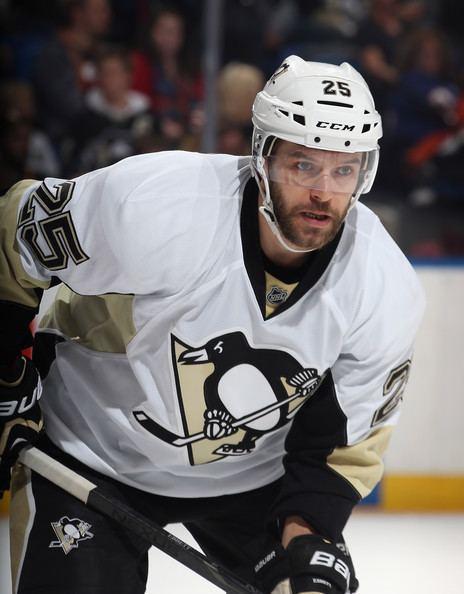 Andrew Ebbett Andrew Ebbett Photos Pittsburgh Penguins v New York