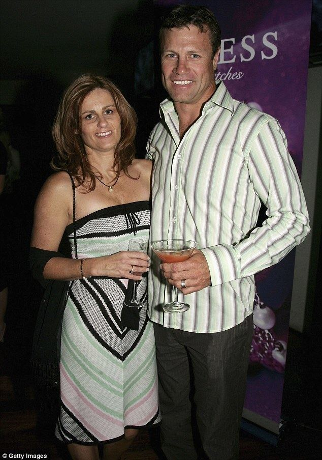 Andrew Ettingshausen Andrew Ettingshausen sells Sydney home after affair with