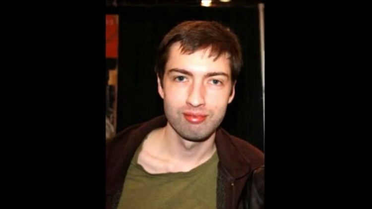 Andrew Hussie Andrew Hussie seduces you with his lips YouTube