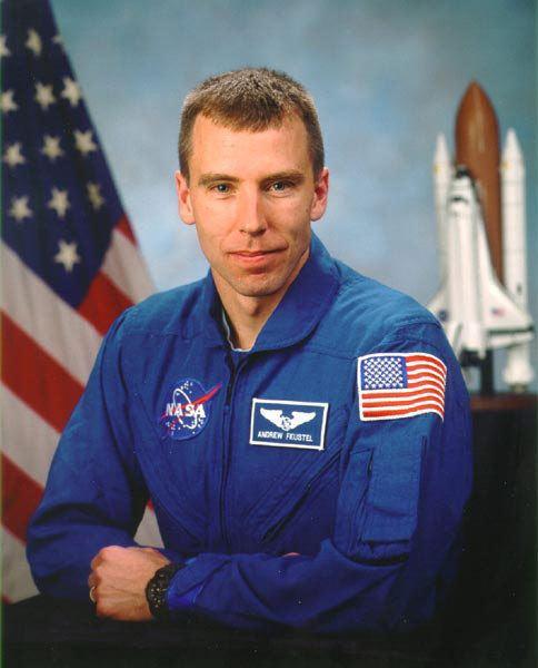 Andrew J. Feustel astroportfeustel02jpg1292264619