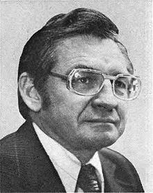 Andrew J. Hinshaw httpsuploadwikimediaorgwikipediacommonsthu