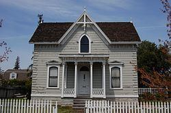 Andrew J. Landrum House httpsuploadwikimediaorgwikipediacommonsthu