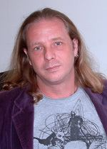 Andrew J McKiernan