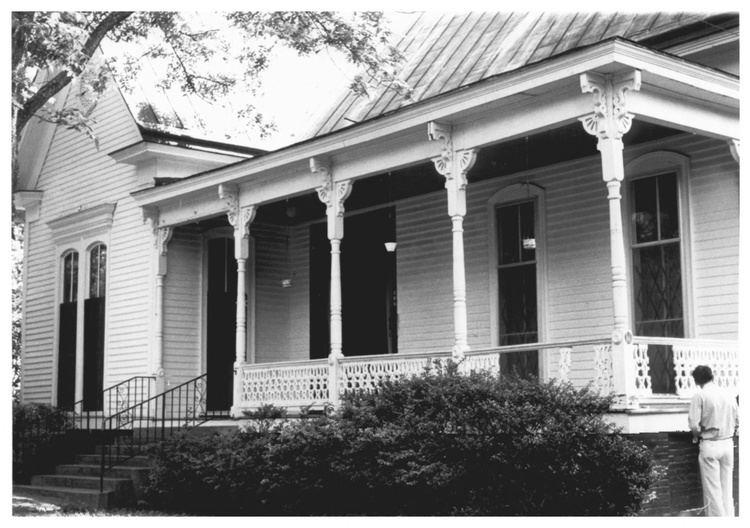 Andrew Johnson (architect) LShaped Cottages Sardis Andrew Johnson Architect