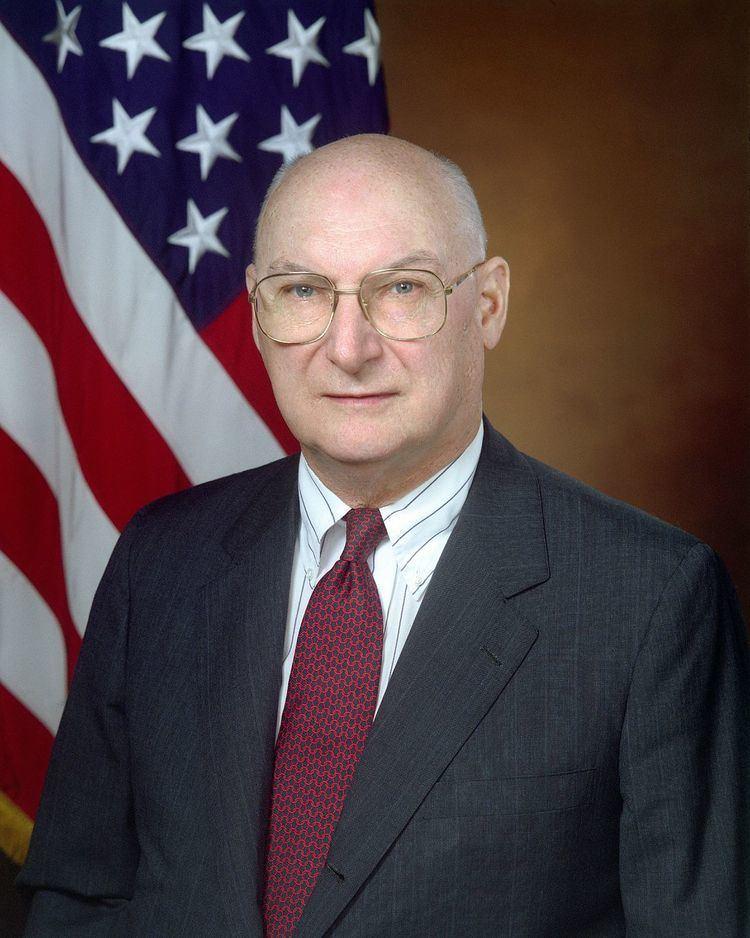 Andrew Marshall (foreign policy strategist) httpsuploadwikimediaorgwikipediacommonsthu