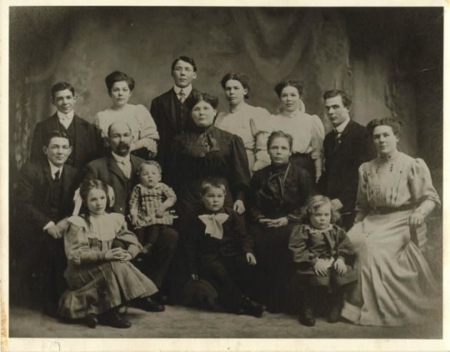 Andrew Moscrip John Andrew Moscrip Jr with family Photos and Stories
