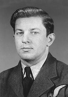 Andrew Mynarski httpsuploadwikimediaorgwikipediacommonsthu