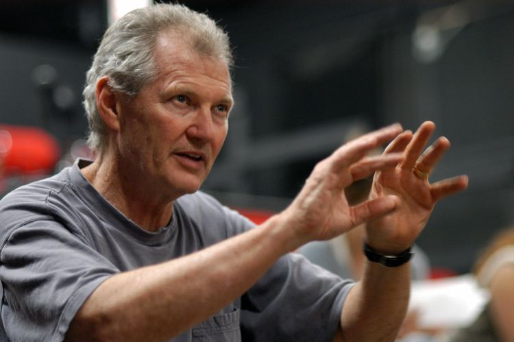 Andrew Robinson (actor) MFA helps student actors perfect craft Daily Trojan