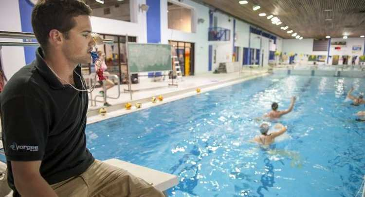 Andrew Robinson (water polo) With the Coach Andrew Robinson Montreal Gazette