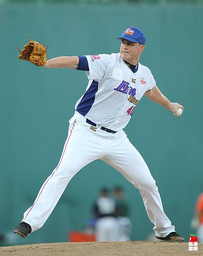 Andrew Sisco Chinese Baseball Story 2014 CPBL