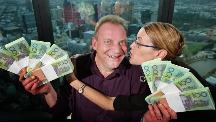 Andrew Skarbek (game show contestant) Million Dollar Minute Melbourne man wins biggest game show prize in