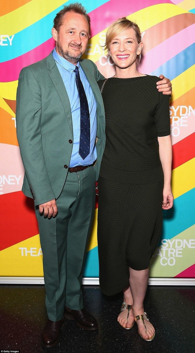 Andrew Upton Cate Blanchett and Andrew Upton buy bolthole in Sydneys CBD Daily