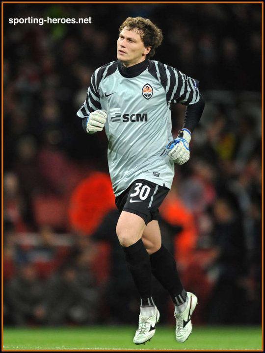 Andriy Pyatov Andriy Pyatov UEFA Champions League 201011 Shakhtar Donetsk
