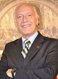 Andrés Benkö httpsuploadwikimediaorgwikipediacommonsthu