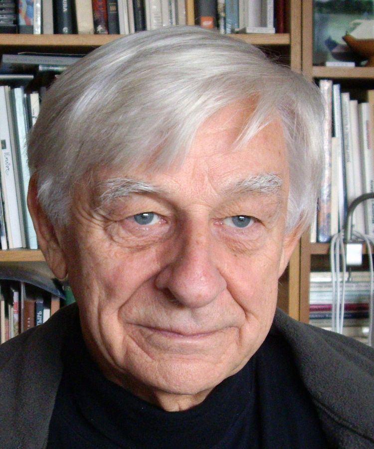 Andrzej Tomaszewski httpsuploadwikimediaorgwikipediacommonsthu