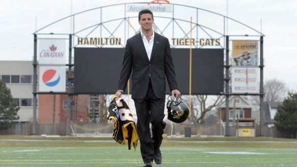 Andy Fantuz Top CFL free agent Andy Fantuz signs with Hamilton Tiger