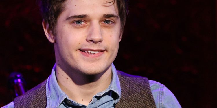 Andy Mientus Andy Mientus Dishes On 39Les Miz39 Benefit Gig Gay 39Flash