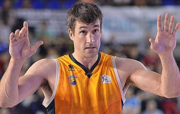 Andy Panko Andy Panko renueva una temporada con el Baloncesto