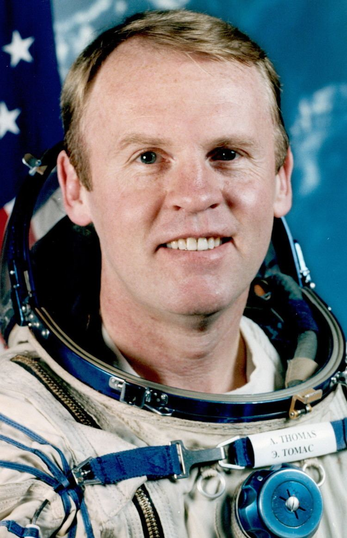 Andy Thomas Astronaut Biography Andrew Thomas